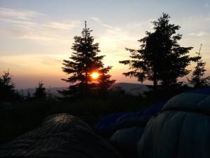 Východ slunce ze spacáku